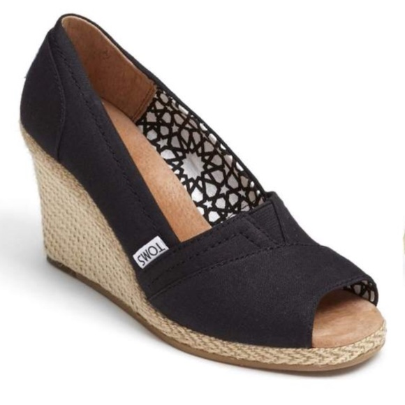 a17d8938540 TOMS calypso black canvas peep toe wedges size 8.5